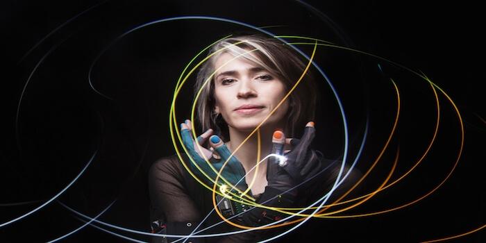 "Imogen Heap Discusses Music Tech, Kontakt Library ""Box of Tricks"""
