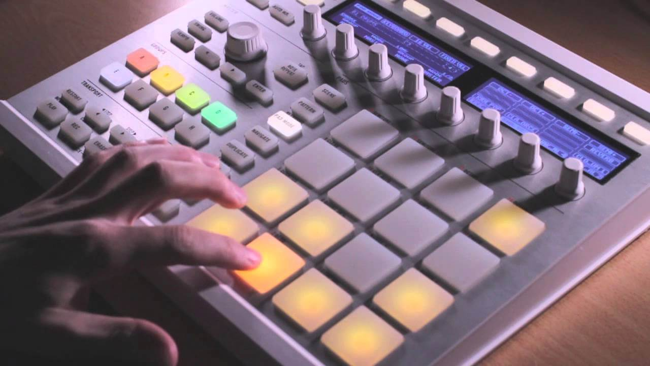NI Maschine - Composing a Beat, Part 2 - Adding Drums