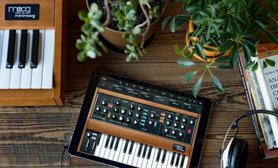 Moog Releases iOS Emulation Of Minimoog Model D