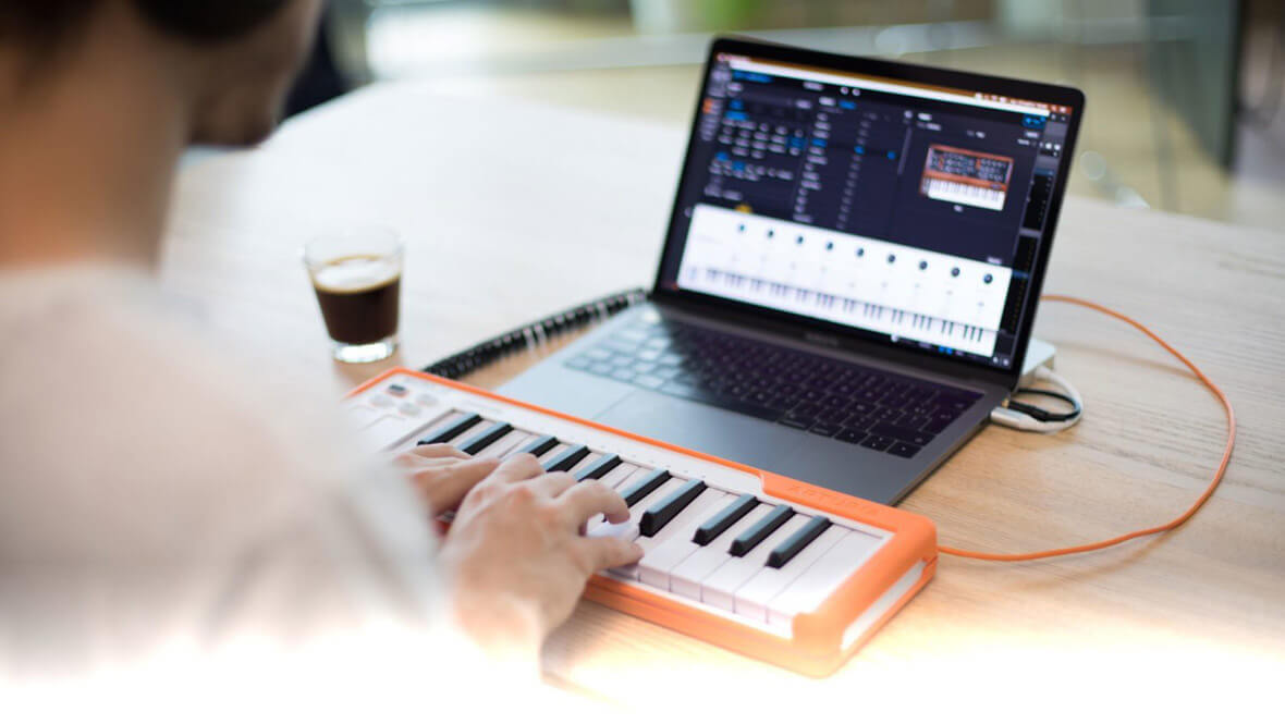 Arturia Introduces Microlab, 25-Key MIDI Keyboard